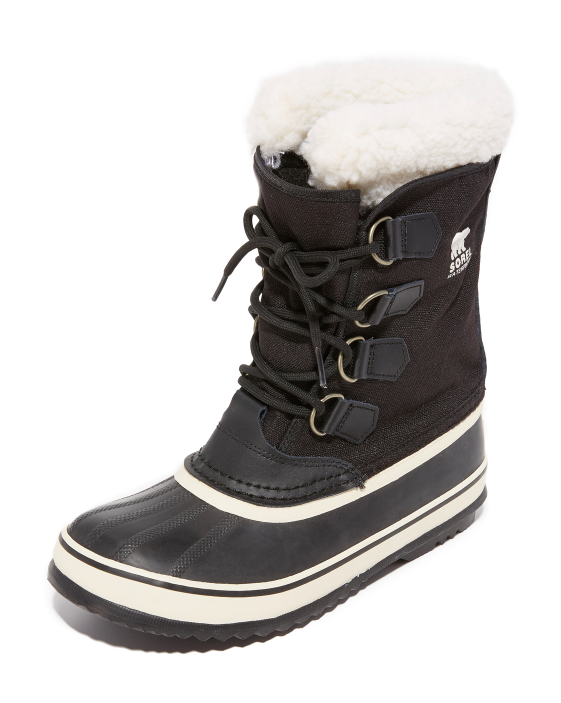 sorel-winter-carnival-boots-snow-black