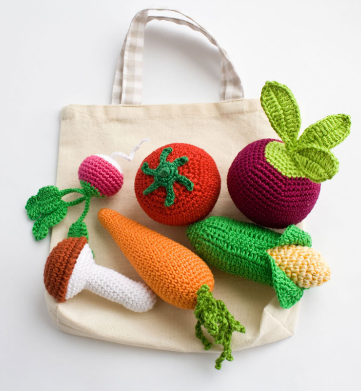 crochet-vegetable-toys-rattles-baby-kids