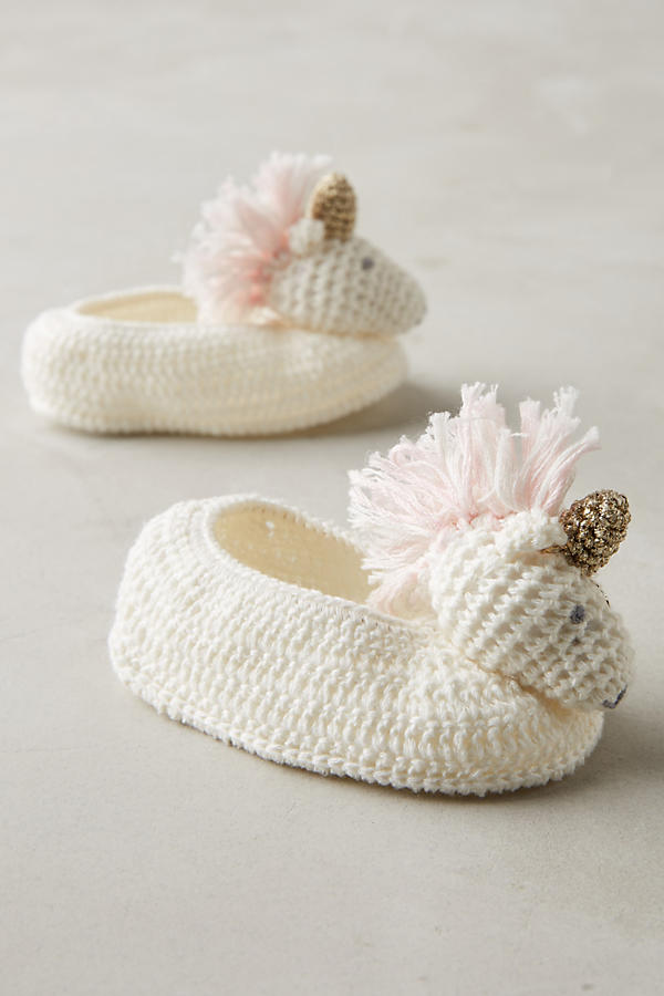 crocheted-unicorn-booties