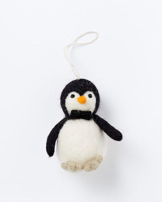 felt-penguin-ornament