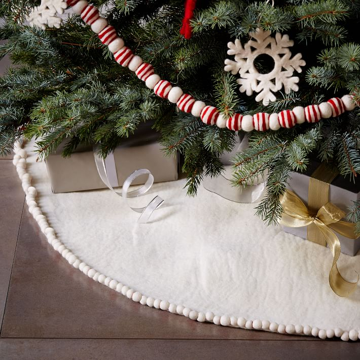 gift guide  charming christmas decor