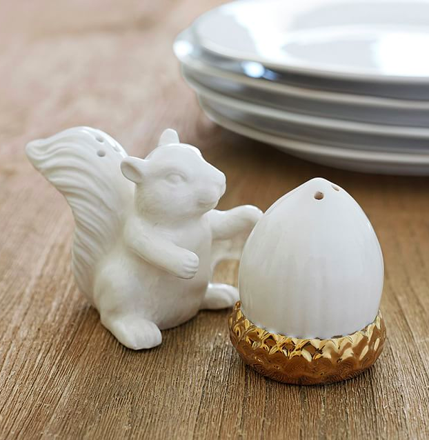 gold-squirrel-nut-salt-pepper-shakers