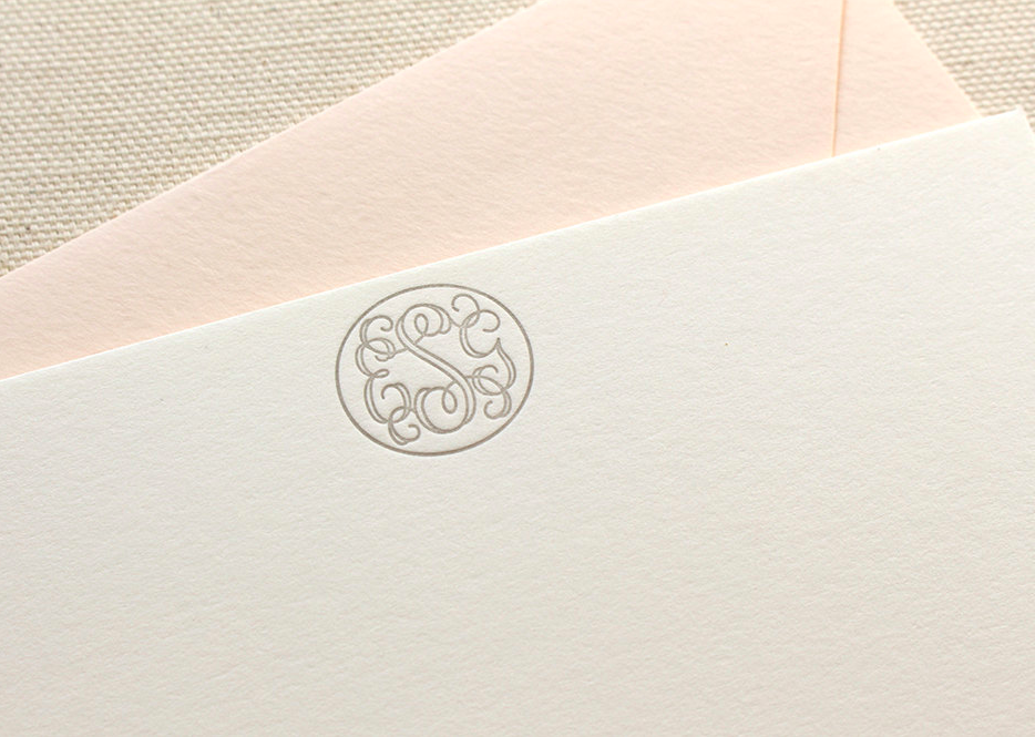 letterpress-monogrammed-circle-stationery-note-cards