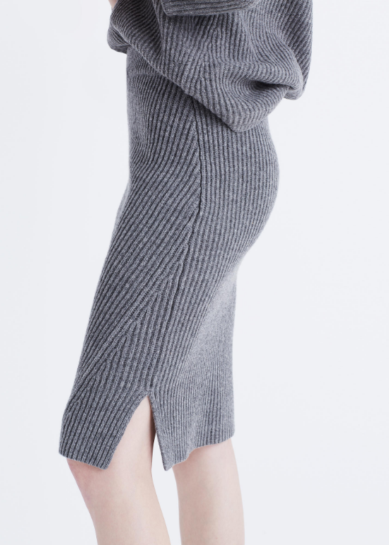 ribbed-sweater-skirt