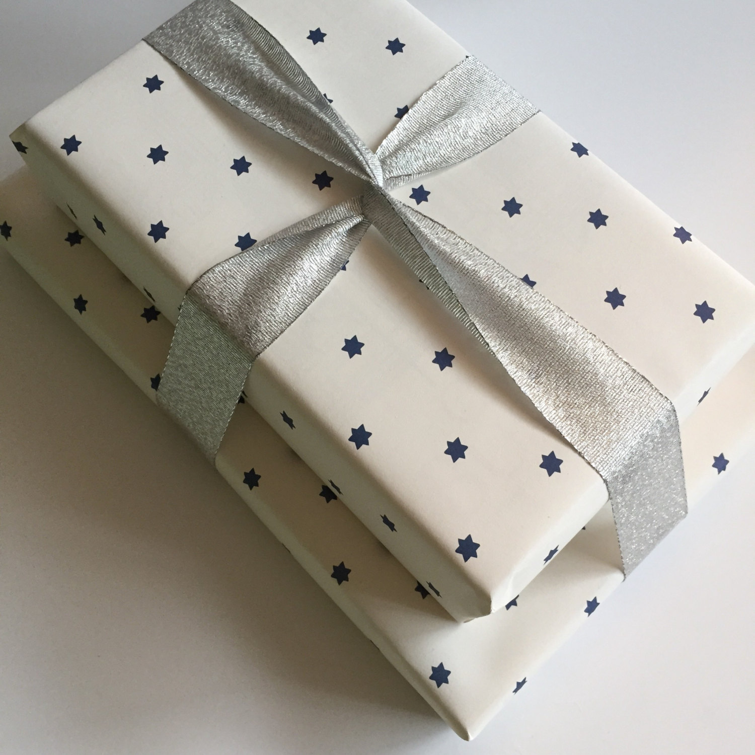 star-of-david-jewish-gift-wrapping-paper