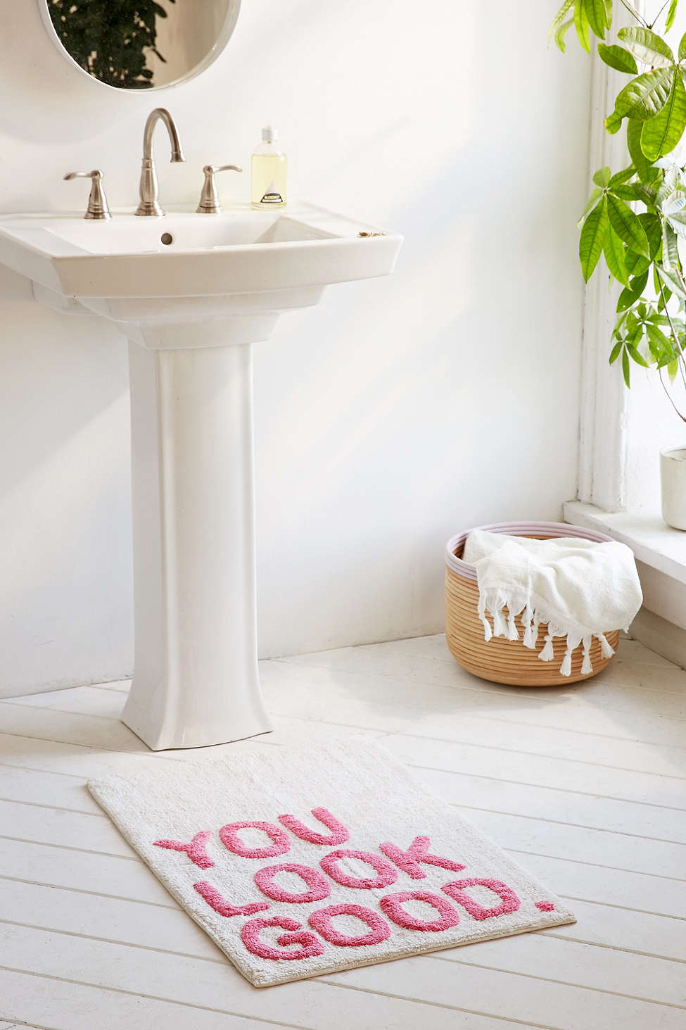you-look-good-bath-mat-pink-white