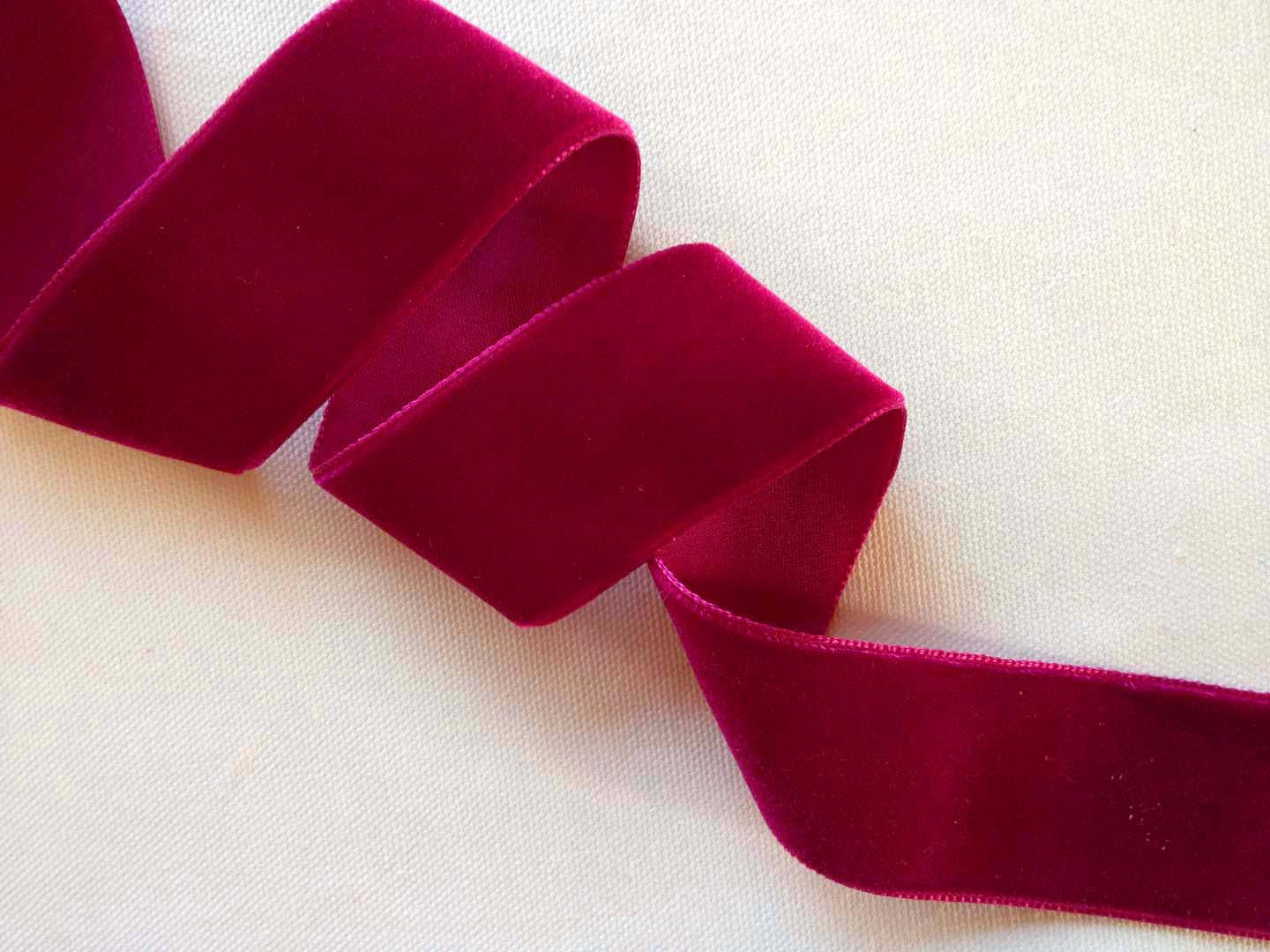 burgundy-velvet-ribbon