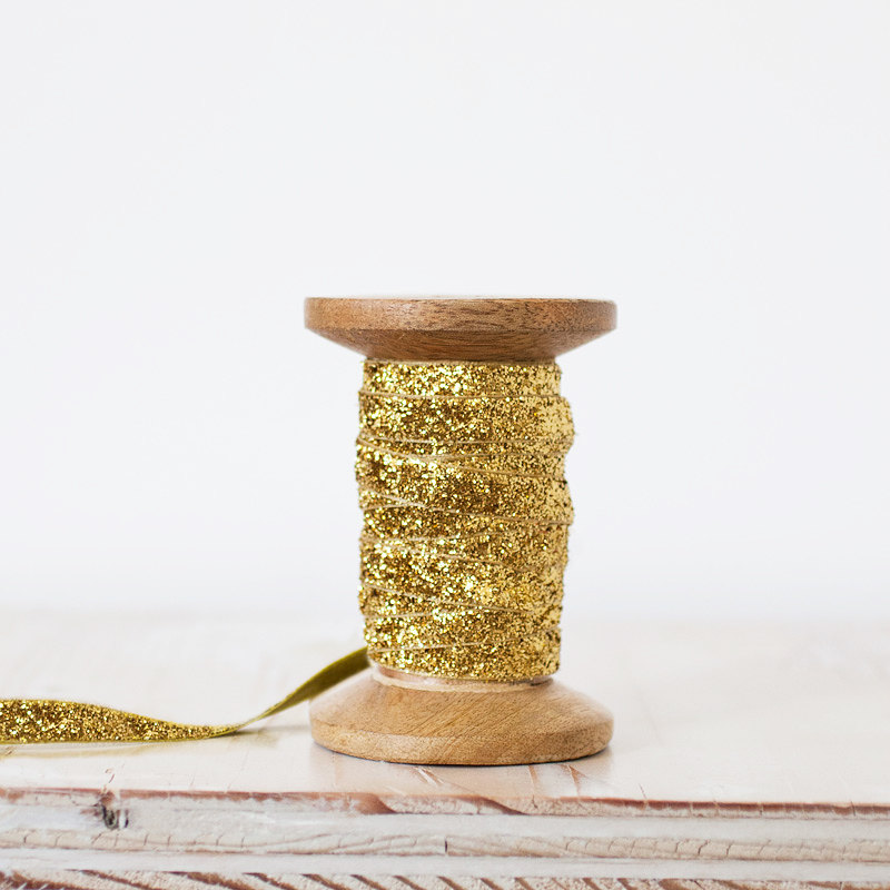 gold-glitter-velvet-ribbon