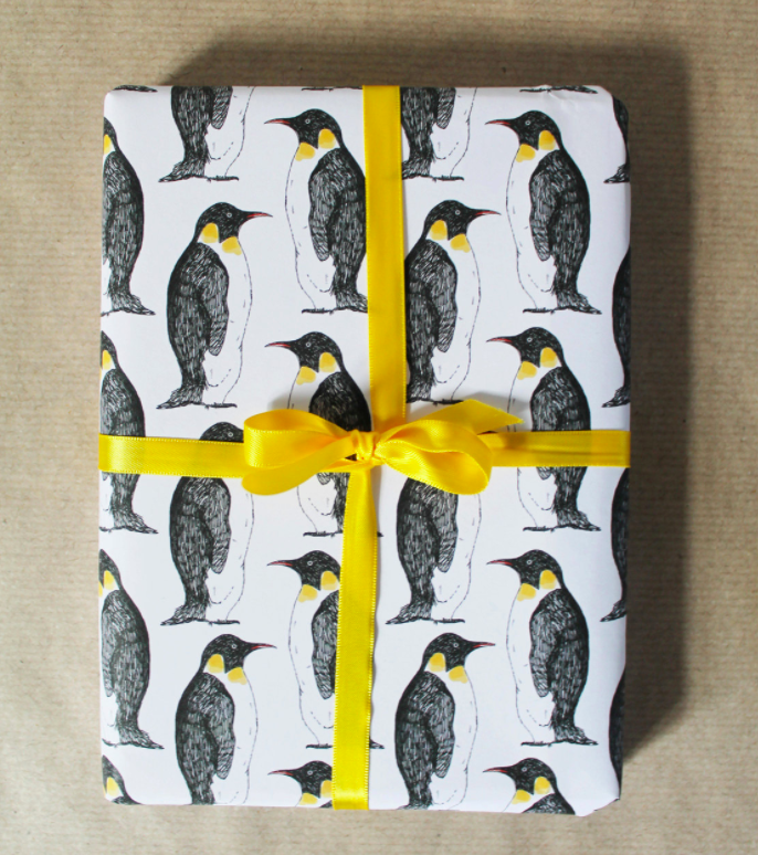 penguin-christmas-wrapping-paper