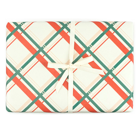 plaid-christmas-gift-wrap