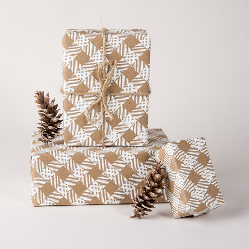 scandinavian-plaid-gift-wrap