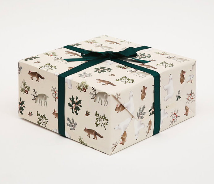 winter-animals-christmas-wrapping-paper-gift-wrap