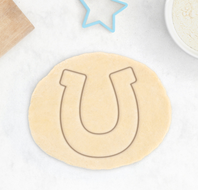 Horseshoe cookie cutter cookie clicker for Cookie cutter house plans