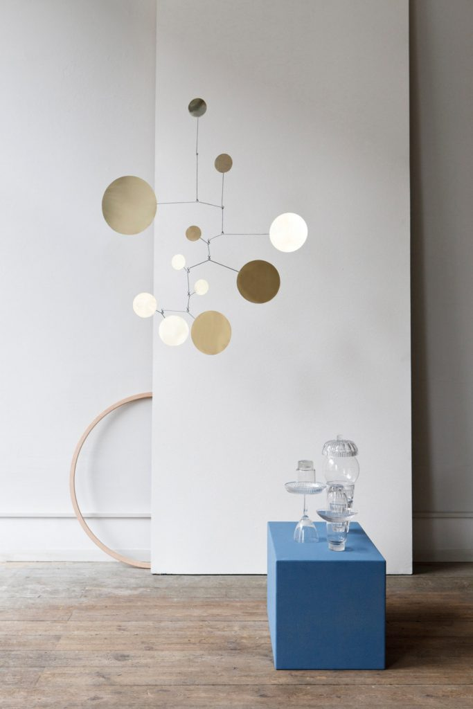 Best of etsy brass mobiles by lappalainen the neo trad for Mobile wohnzimmer
