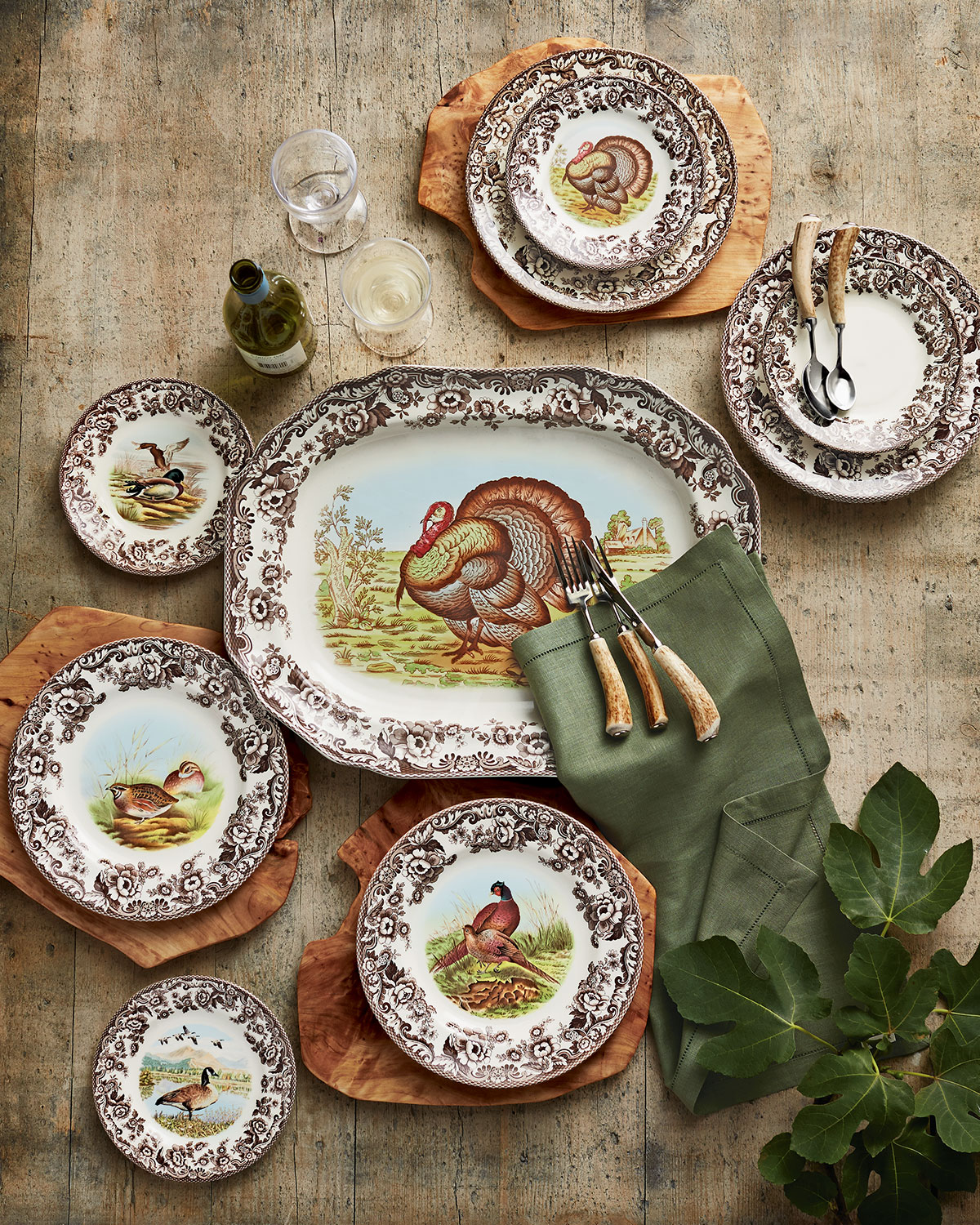 Over 60 Chic Pieces For Your Thanksgiving Table