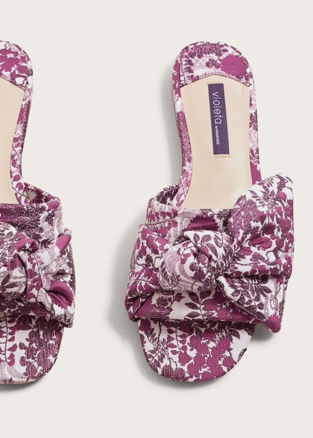 e76a55b5525 bow-embroidered-sandals - Katie Considers
