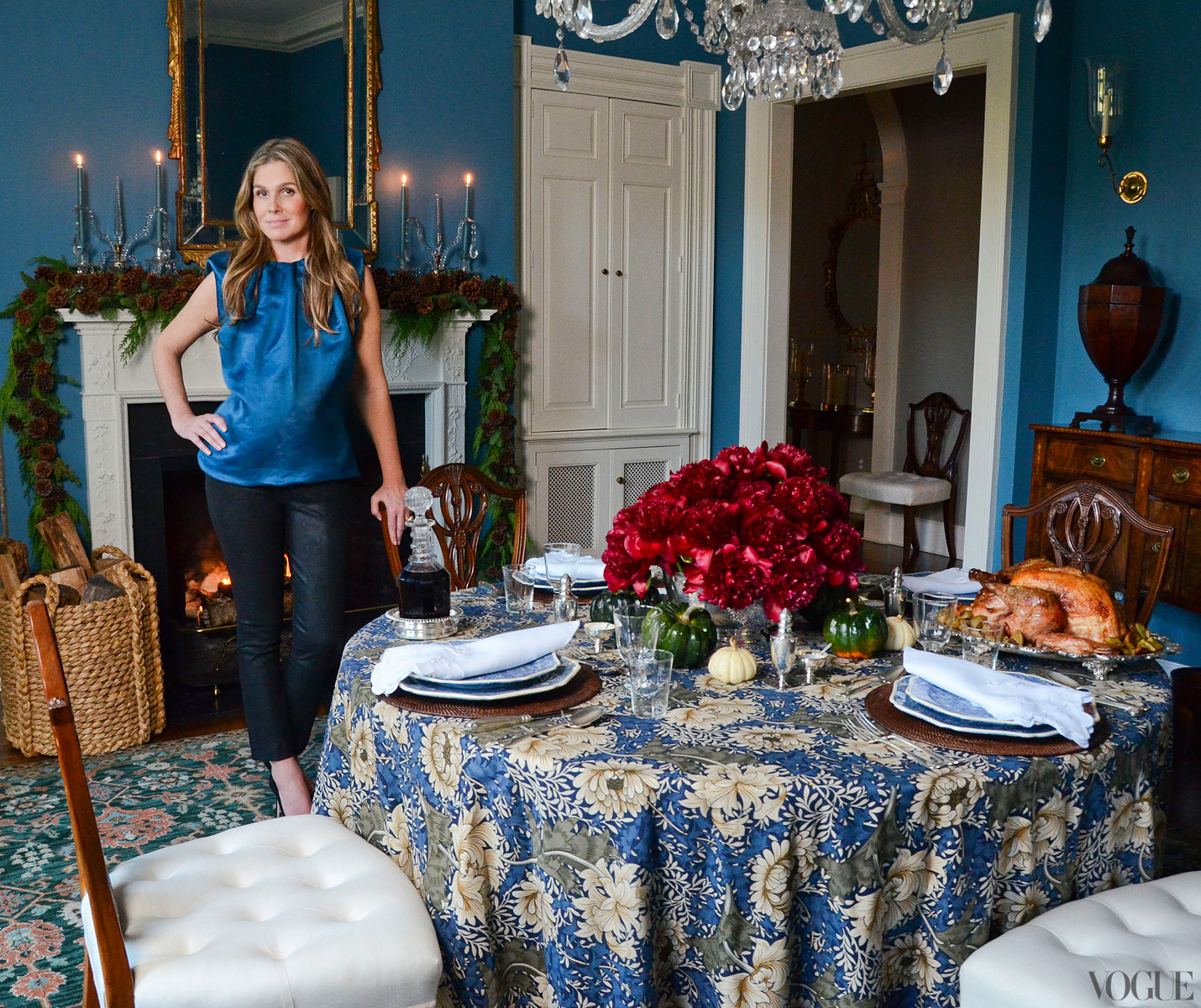 Aerin Lauder East Hampton Home Dining Room Blue Walls Christmas Decoration Round Skirted Dining Table William Morris Fabric Fireplace