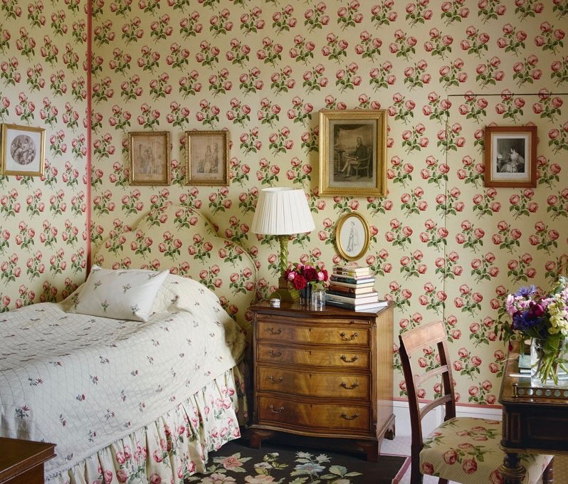 Bowood House Bedroom Colefax Fowler Bowood Print Wallpaper Headboard