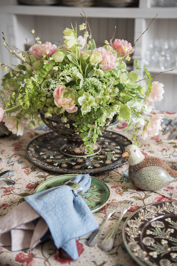 Handpainted Plates French Pottery La Tuile à Loup Ceramics Table Setting Paris Floral Tablecloth Tulip Centerpiece