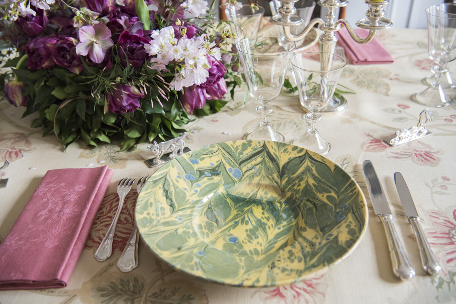 Green Marbled Plate French Pottery La Tuile à Loup Ceramics Pink Napkin Table Setting Paris