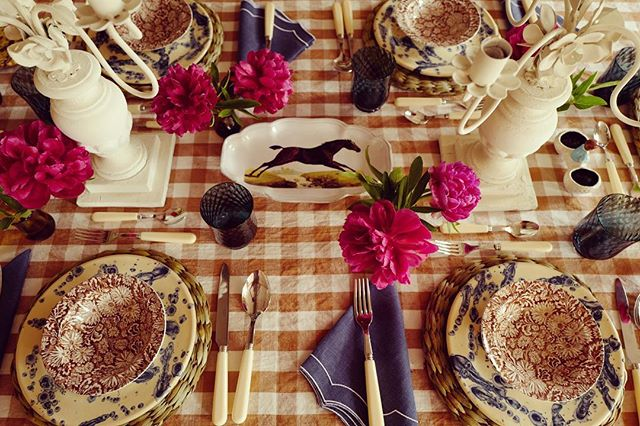 Table setting with gingham table cloth and John Derian for Astier de Villatte in Amanda Brooks new Cotswolds boutique Cutter Brooks