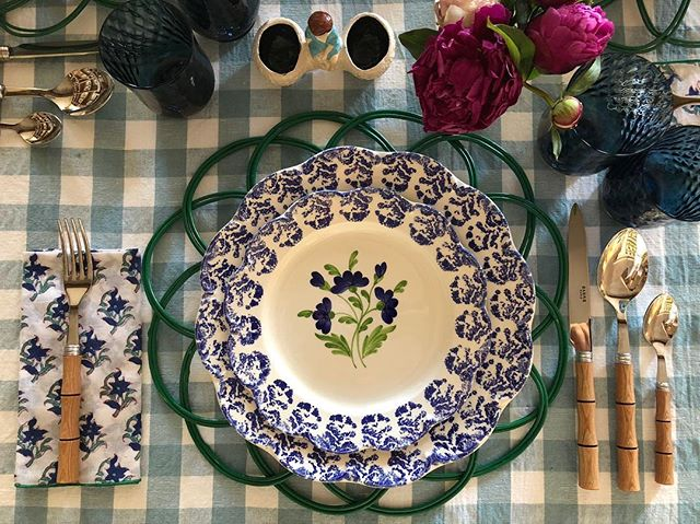cutter-brooks-store-england-amanda-oxfordshire-gingham-tablecloth ...