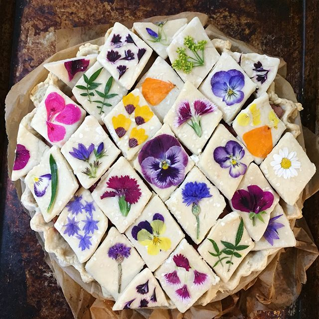 Floral Edible Petal Pie