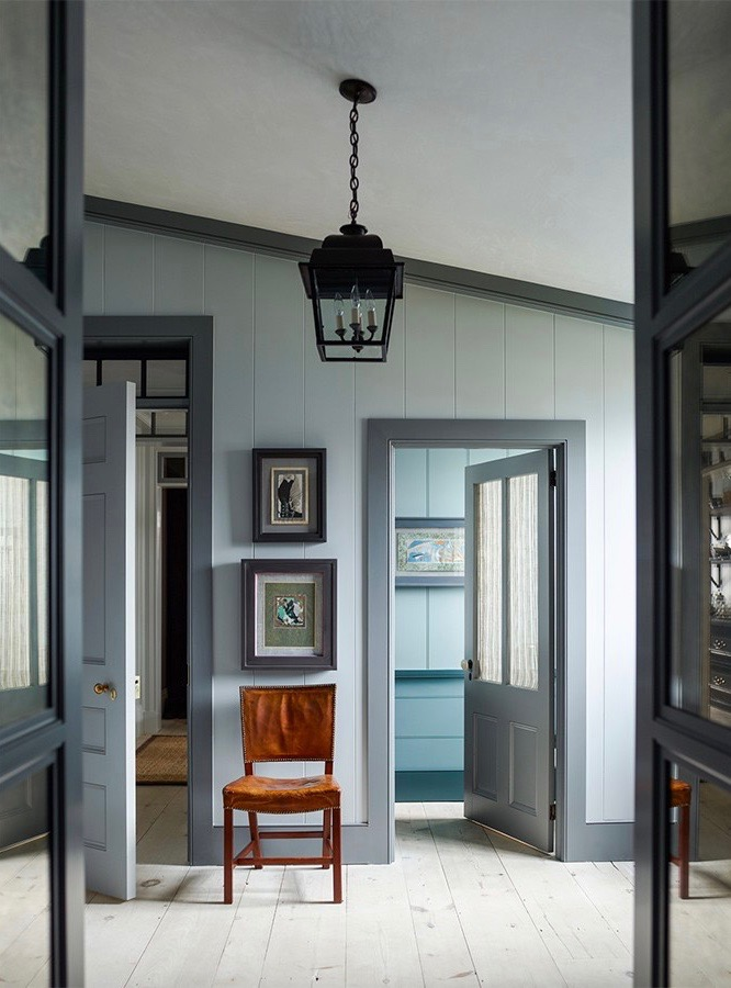 Steven Gambrel Sag Harbor Home 42howard Street Iron Lantern Wood