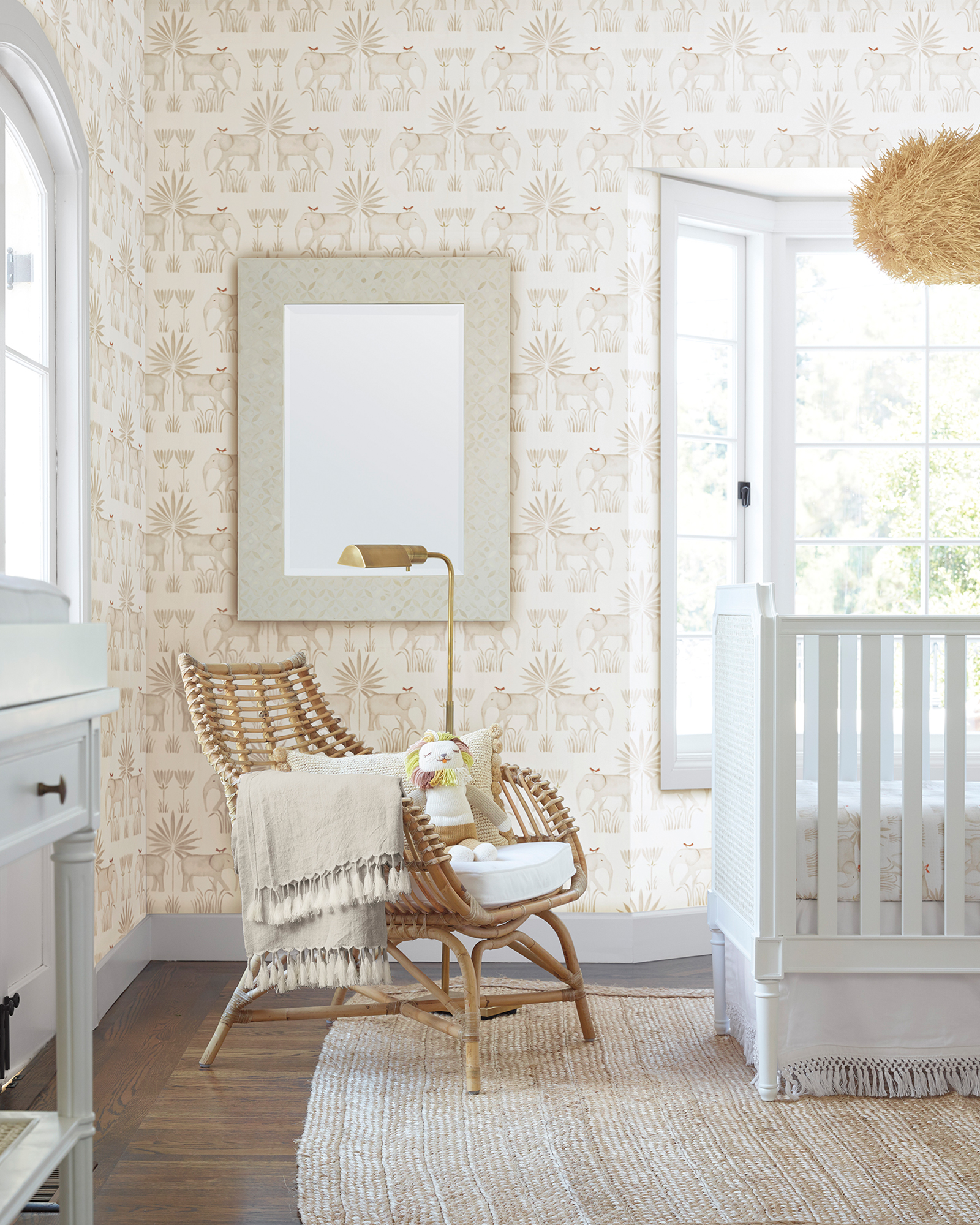 Nursery Pink Elephant Wallpaper