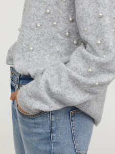 The Daily Hunt: A Cozy Beaded Sweater and more!