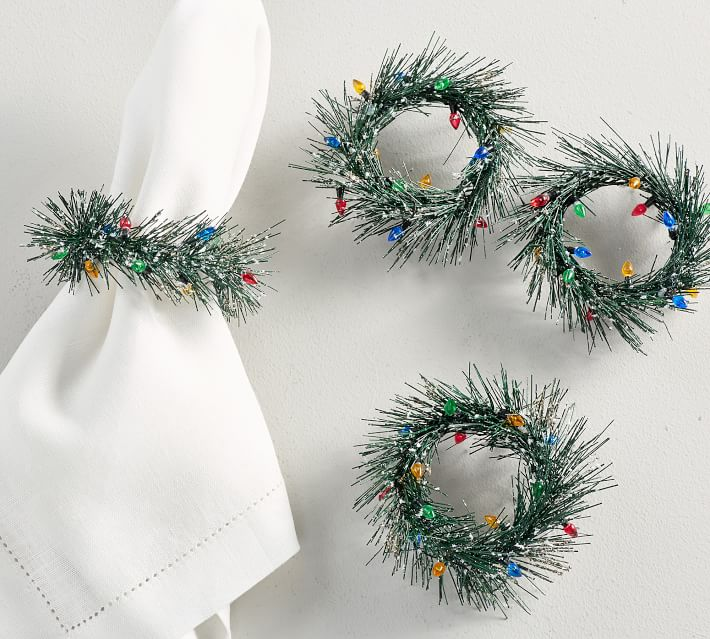 Wreath with Lights Napkin Ring