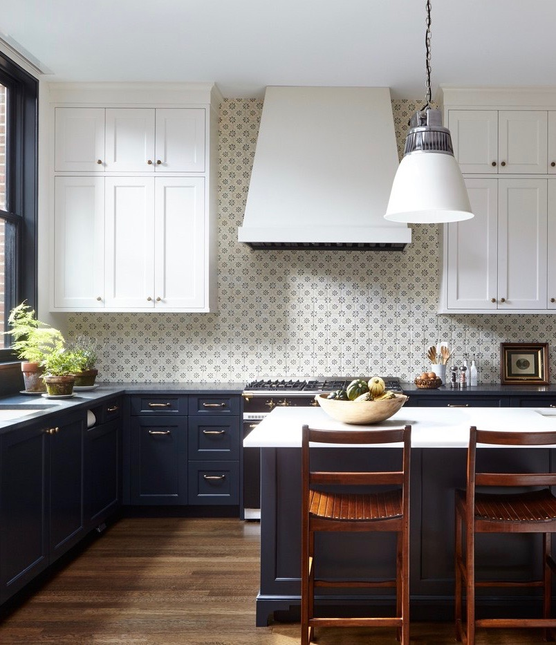 Kitchen White Upper Cabinets Dark Lower: A Charming Brooklyn Heights Brownstone Decorated By