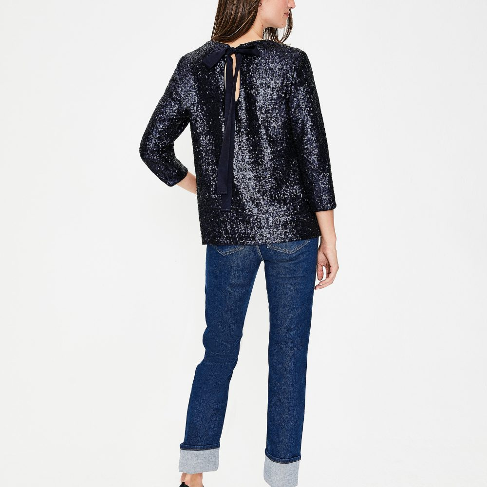 The Daily Hunt: Navy Sequin Top and more!