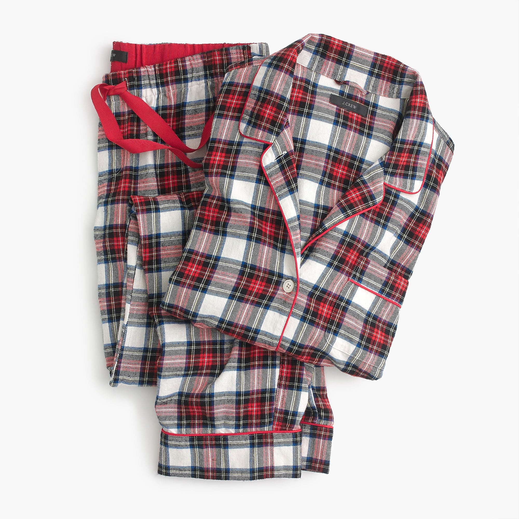 125645c071 Holiday Pajamas for the Entire Family - Katie Considers