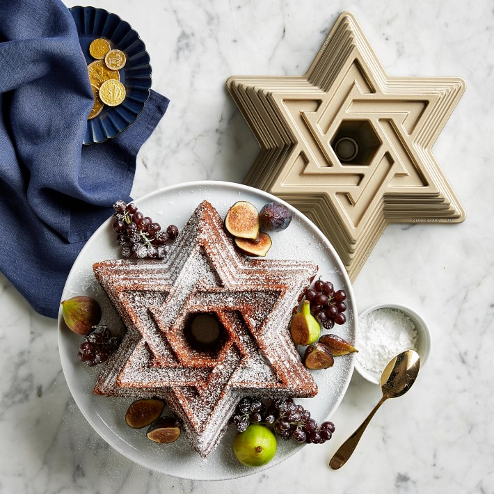 2018 Gift Guide: Hanukkah Gifts + Decor