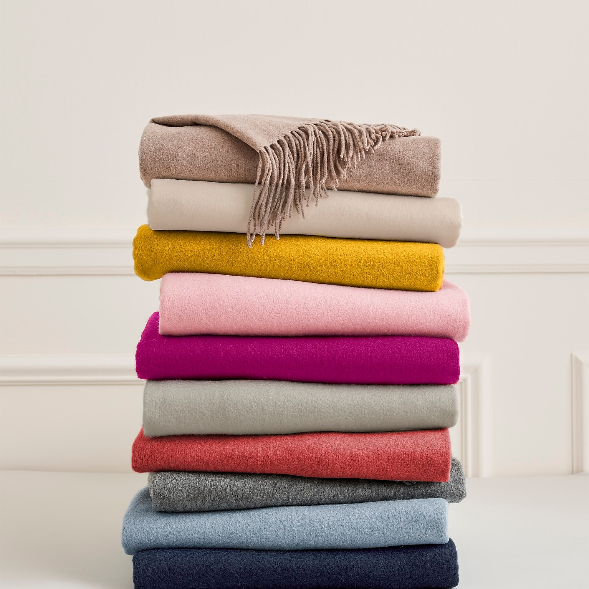 Solid Cashmere Knit Throw