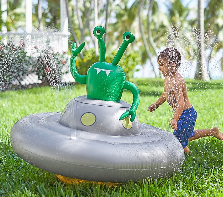 UFO Sprinkler Water Toy