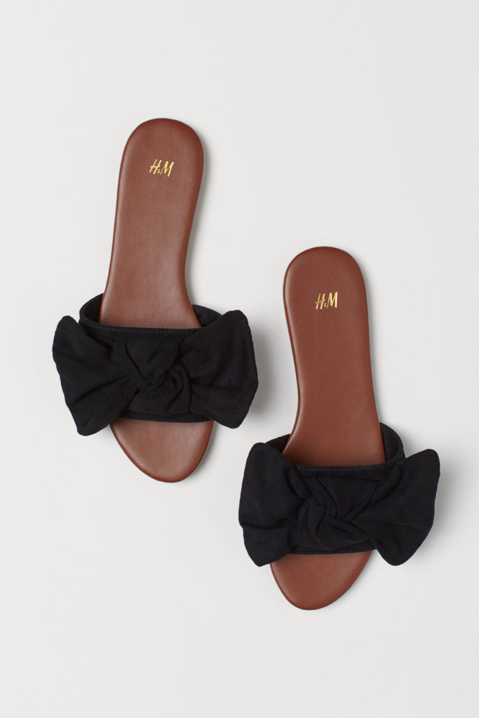 Sandals with Black Bow