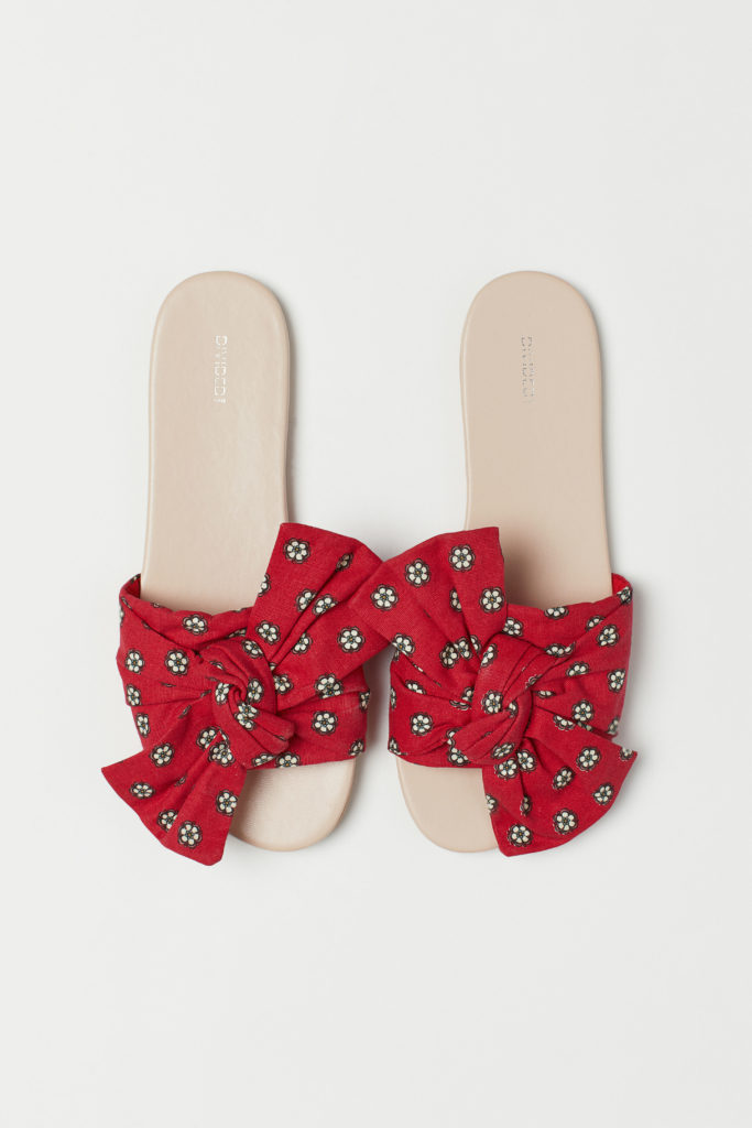 Slides with Bow
