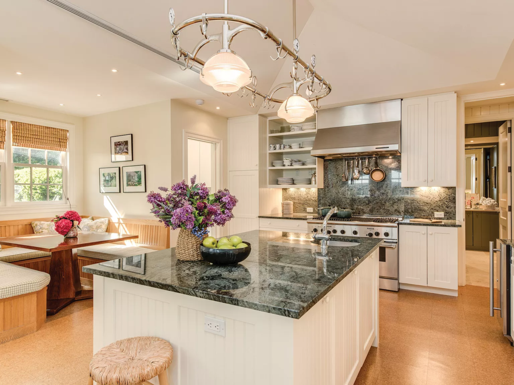 Kitchen in 19 Georgica Road, East Hampton, New York decorated by Bunny Williams