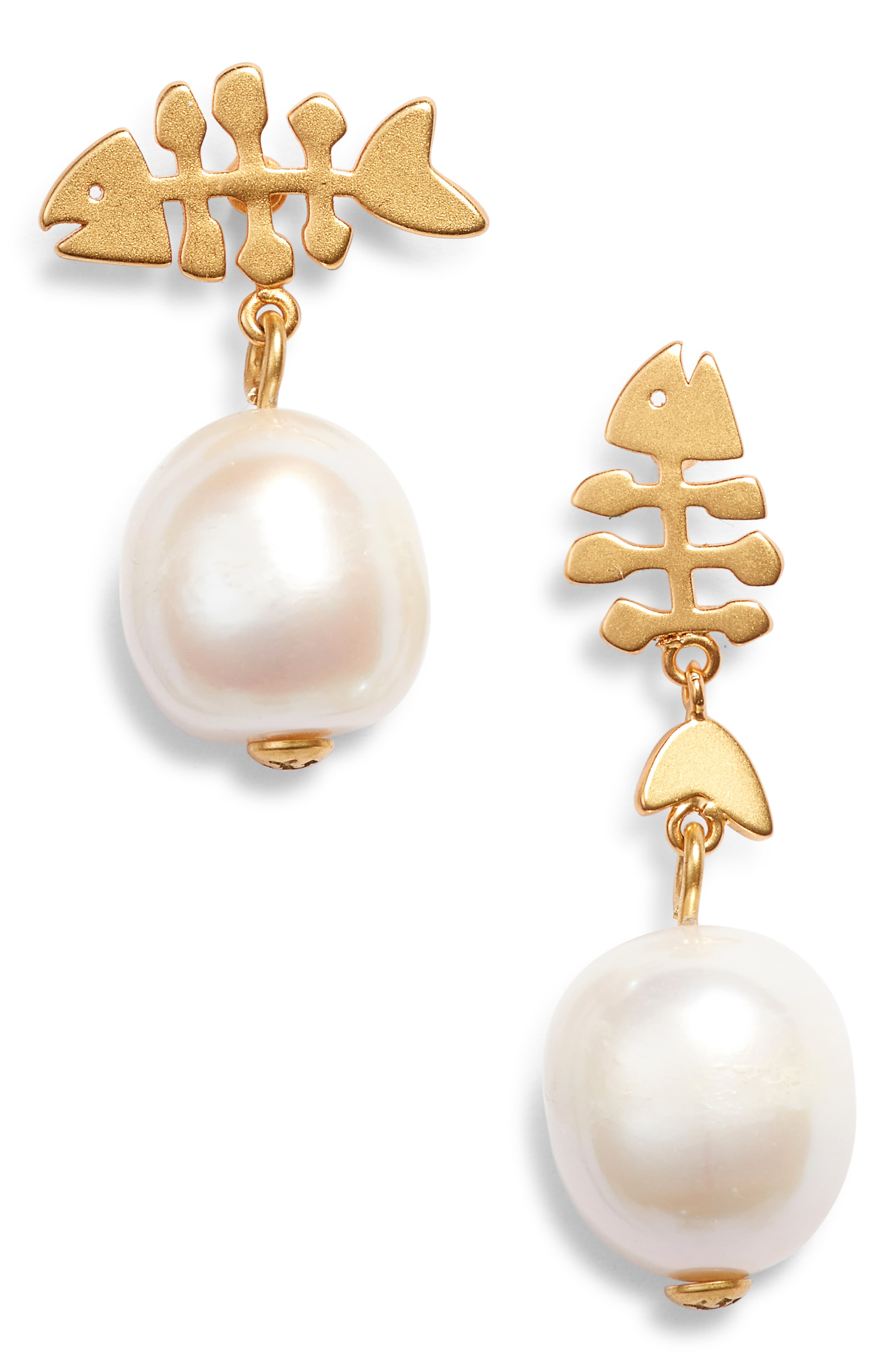 Mismatched Fish Pearl Earrings