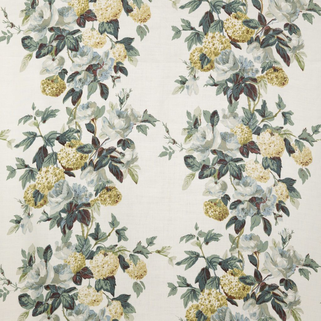 Hydrangea and Rose Colefax and Fowler fabric textile floral print