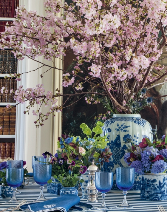 Design & Style: A Constant Thread by Carolyne Roehm Blue and White Table Setting Ginger Jar Cherry Blossoms