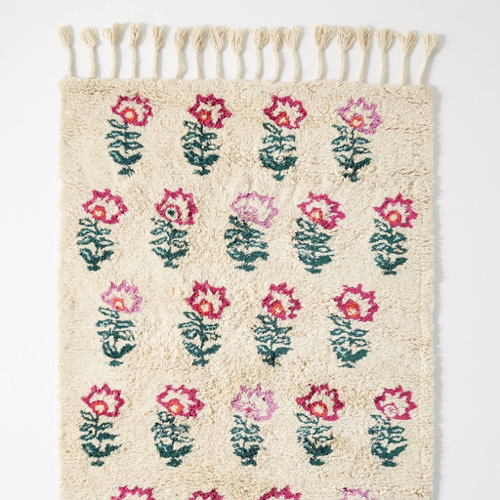 The Daily Hunt: Hand Tufted Floral Rug and more!