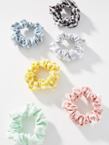 The Daily Hunt: Gingham Scrunchies and more!