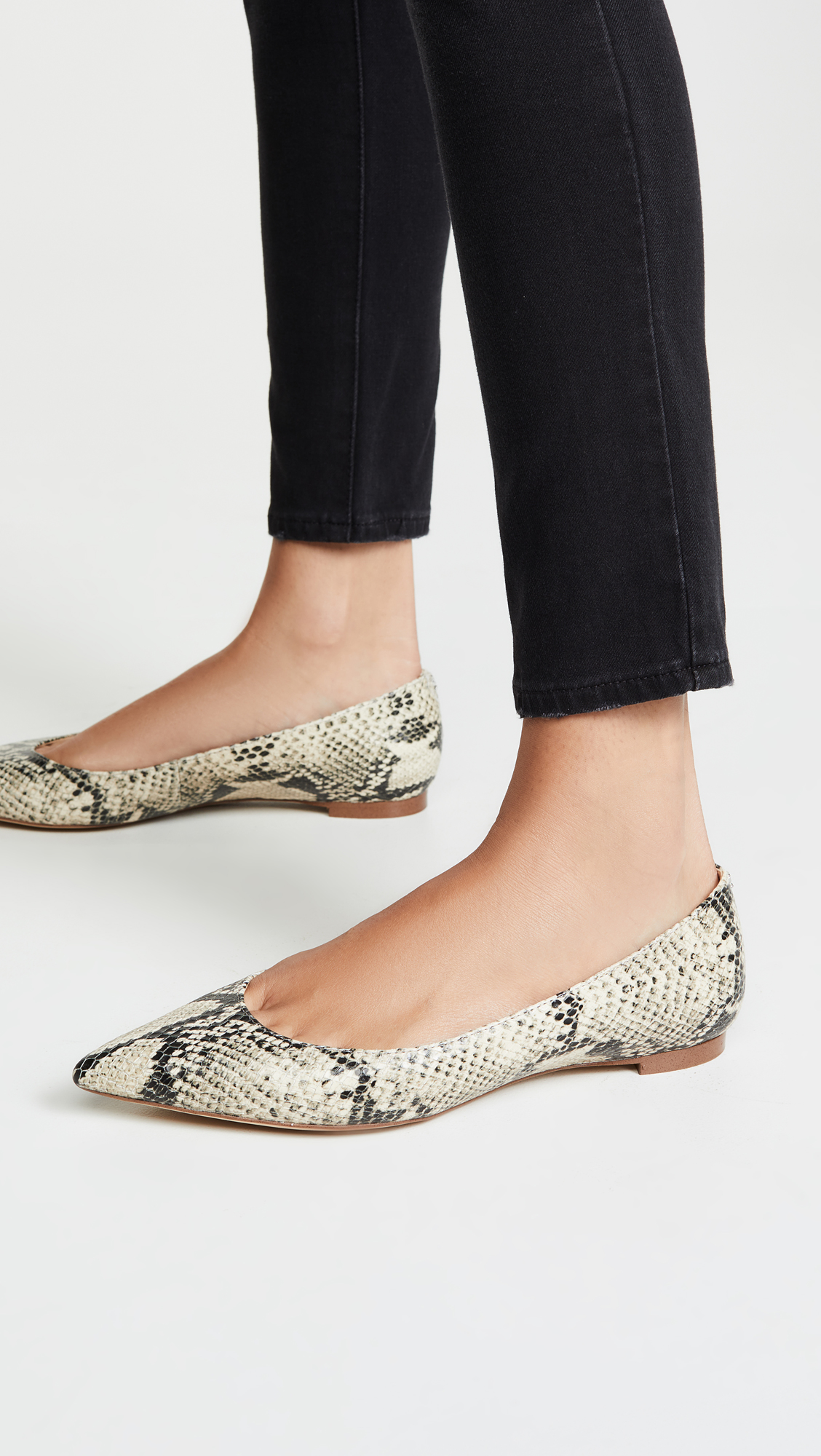 Snake Embossed Pointed Flat