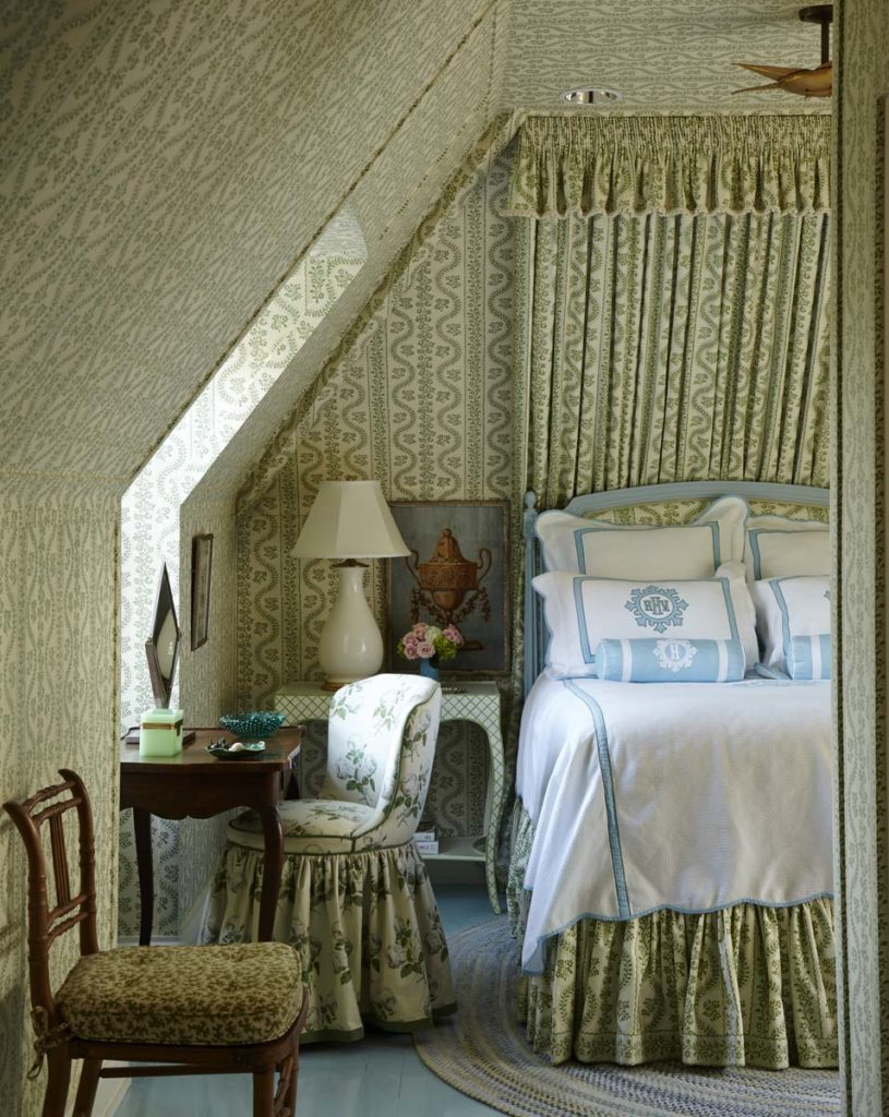 Cathy Kincaid Sister Parish Fabric Green Attic Bedroom Colefax & Fowler Bowood Floral Print The Well Adorned Home