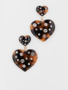 The Daily Hunt: Tortoiseshell Heart Earrings and More!