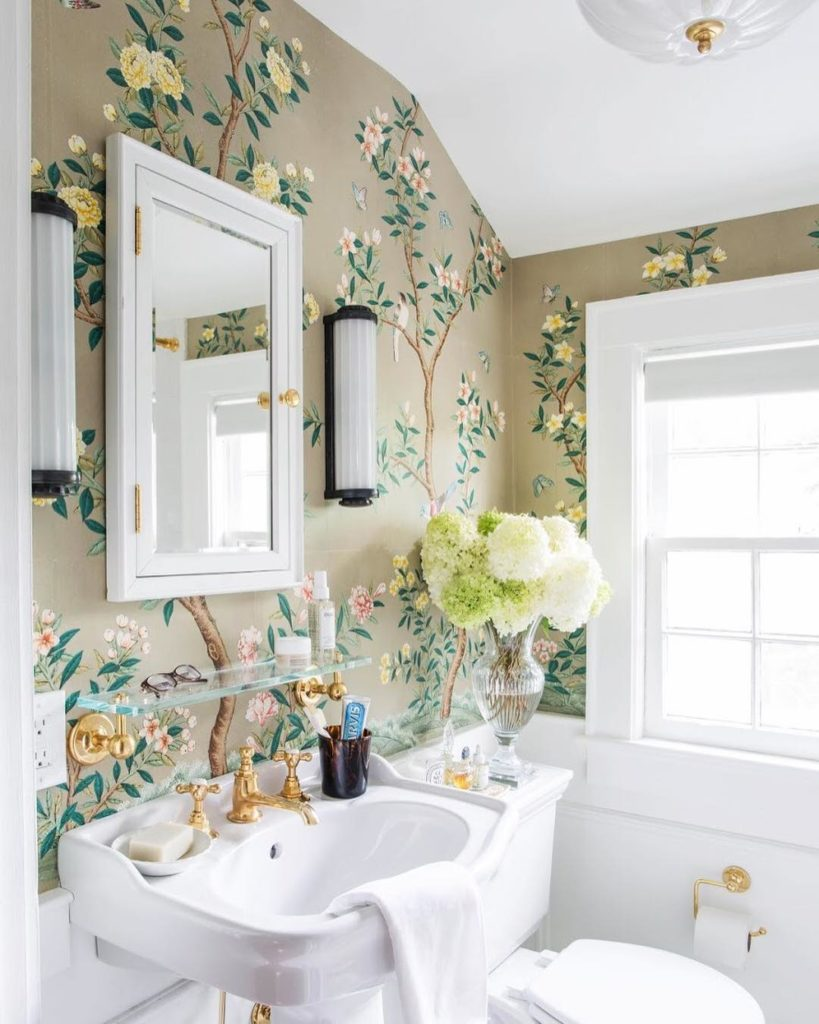 Bathroom with chinoiserie wallpaper by Gracie Studio