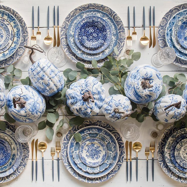 Blue and White Chinoiserie Pumpkins Thanksgiving Table Setting Centerpiece